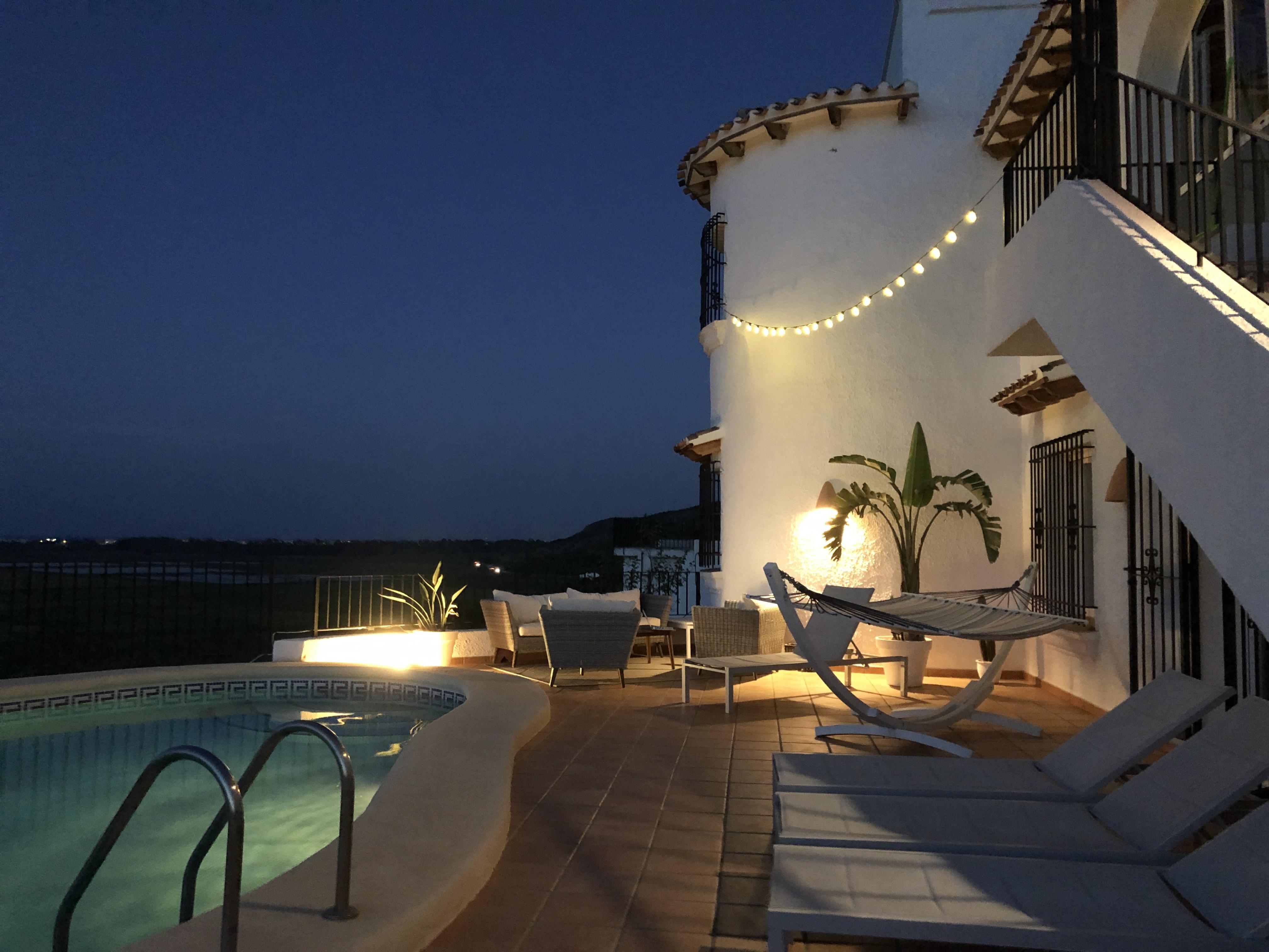 Costa Blanca Villa am Meer mit privatem Pool